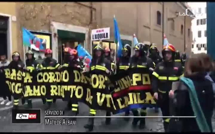 VIGILI DEL FUOCO ABRUZZESI IN PIAZZA A ROMA: INSIEME AI COLLEGHI DI TUTTA ITALIA