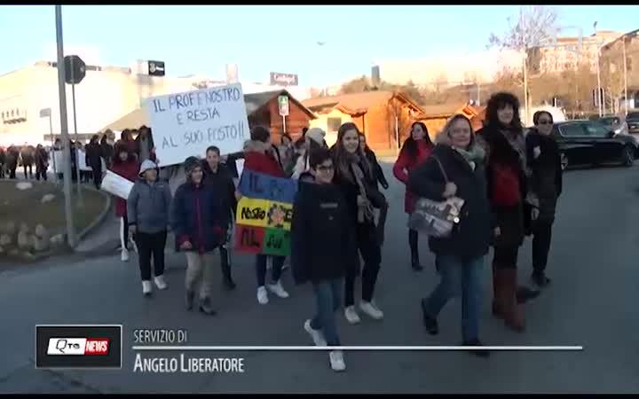 DIMENSIONAMENTO SCUOLE: A L'AQUILA POMERIGGIO DI PROTESTA