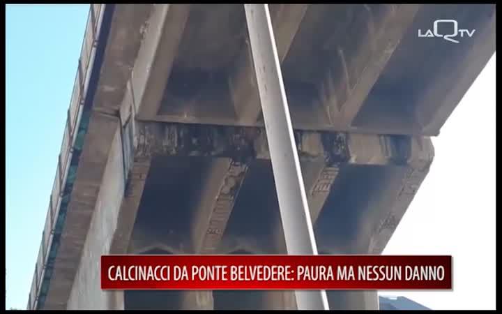 L'AQUILA, CADONO CALCINACCI DA PONTE BELVEDERE