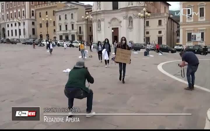 SANITA':MEDICI E STUDENTI PROTESTA NELLE  PIAZZE