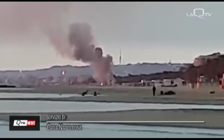 PESCARA: IL TORTUGA DISTRUTTO DA UN INCENDIO ALL'ALBA